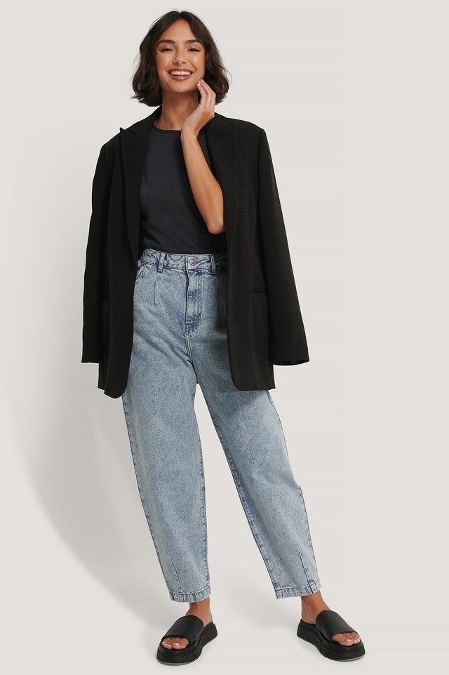 Organic Front Dart Slouchy Jeans Blue Outfit.
