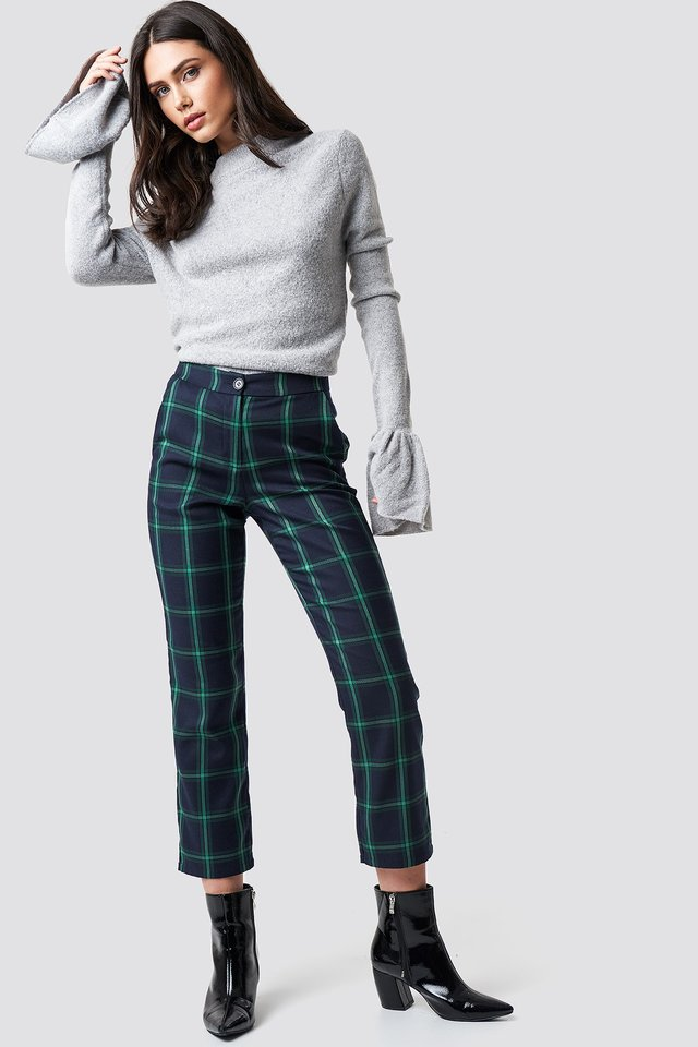 Wide Cuffs Knit and Pattern Pants Outfit