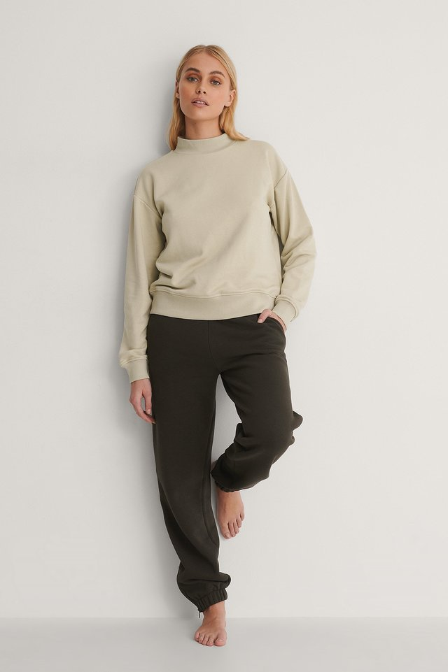 High Neck Sweatshirt Outfit.