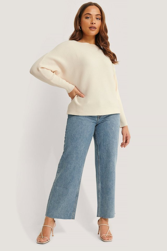 Vanesa Sweater Outfit.