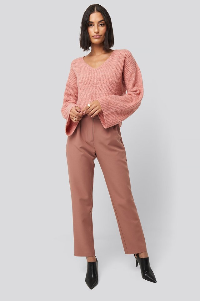 V Front Knit Outfit.