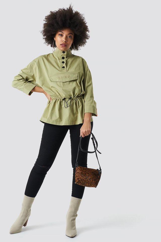 Buttoned Up Pouch Anorak Green Outfit.