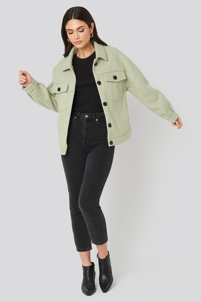 Front Pocket Oversized Jacket Green Outfit.