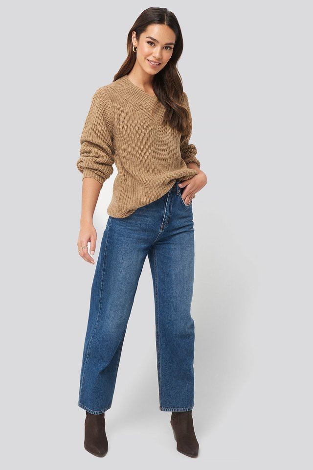 Wide Band V-Neck Ribbed Sweater Outfit.