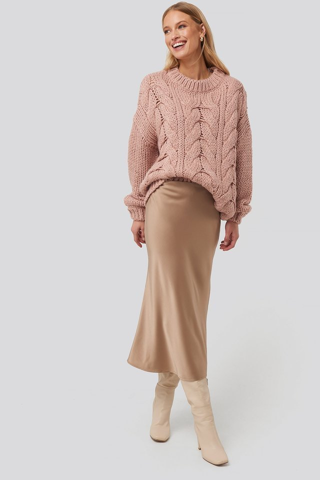 Misty Rose Wool Blend Round Neck Heavy Knitted Cable Sweater