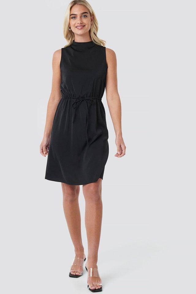 Drawstring Waist High Neck Dress Outfit.