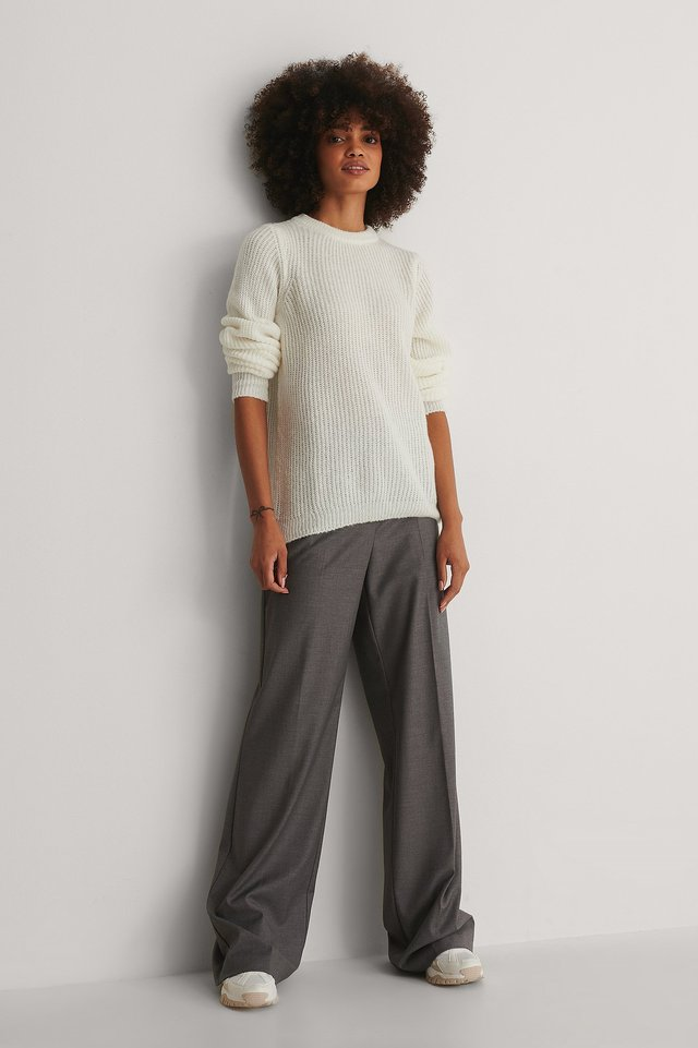 Crew Neck Knitted Sweater Outfit!