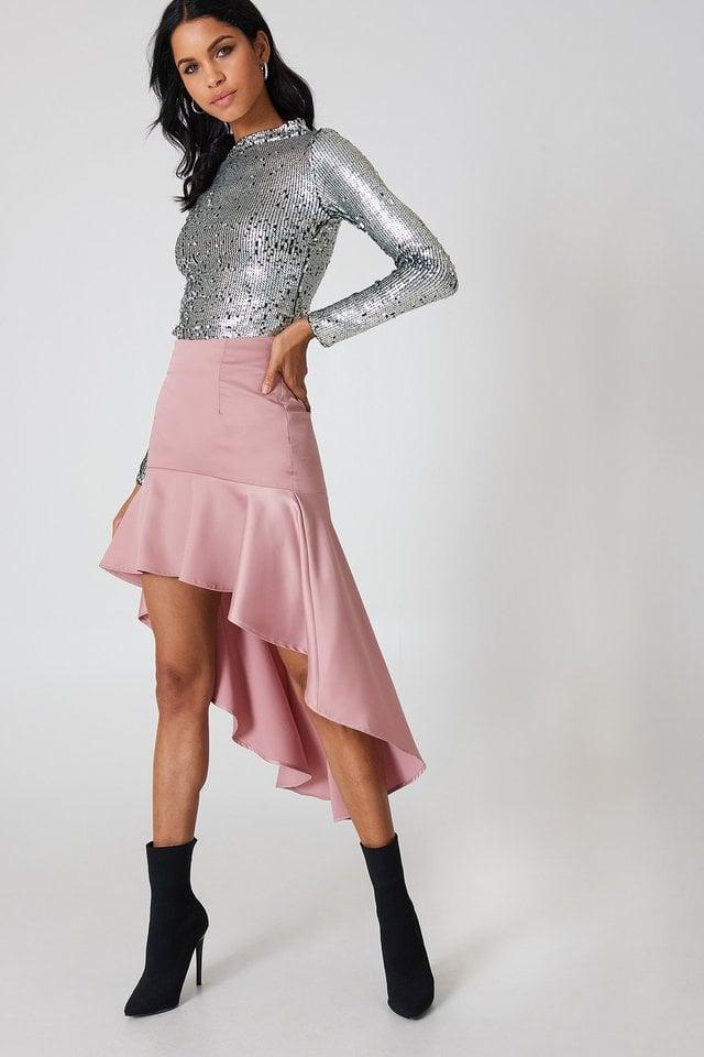Asymmetric Frill Skirt Outfit.