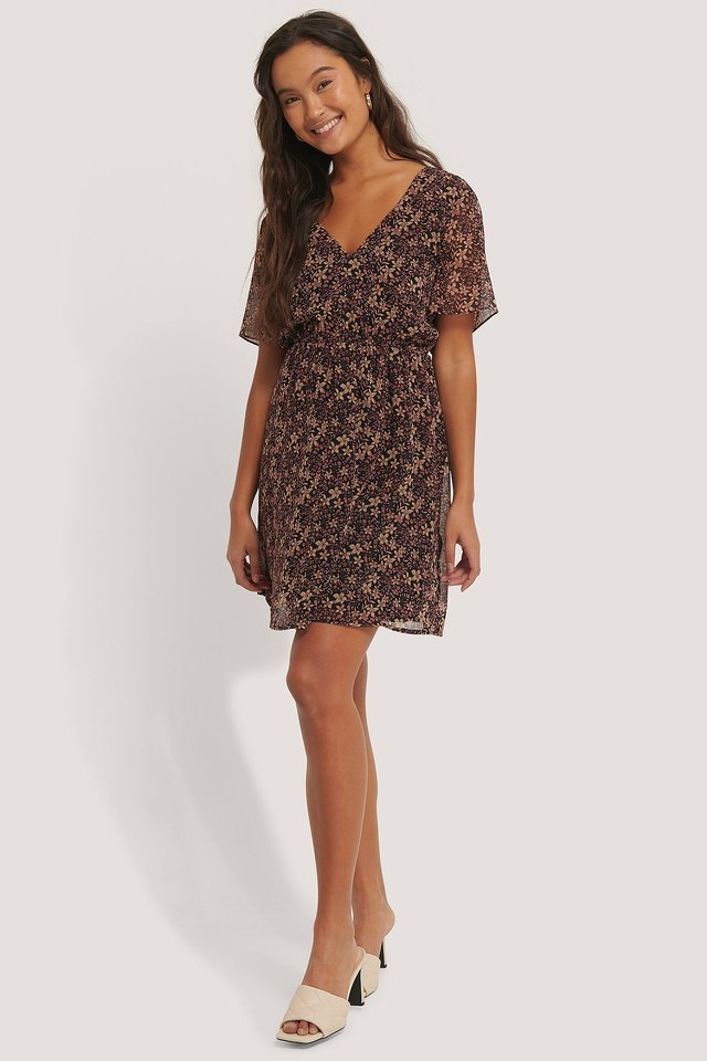 Short Sleeve V-Neck Mini Dress.