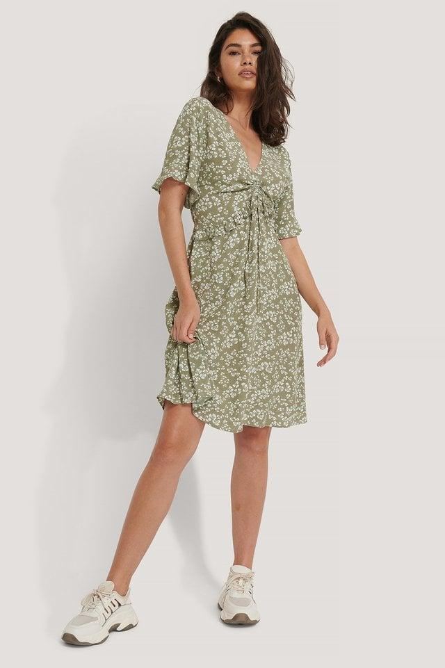 Short Sleeve V-Neck Flounce Waist Dress Green.
