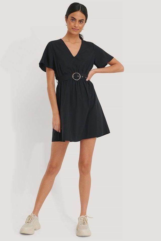 Short Sleeve V-Neck Belt Dress Black.