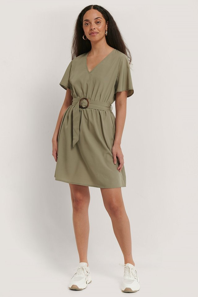 Short Sleeve V-Neck Belt Dress Green.