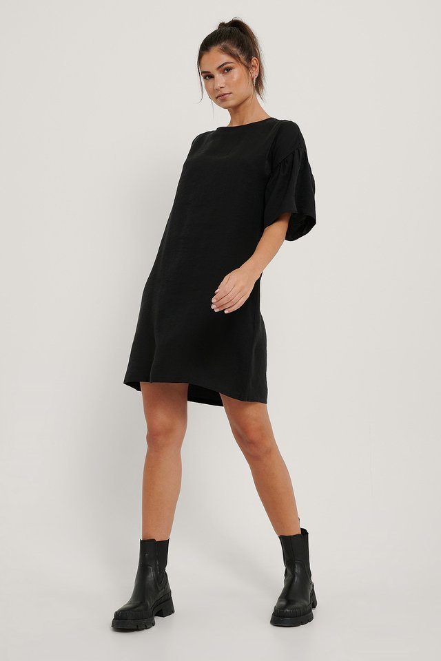 Short Ruffle Sleeve Dress Black.