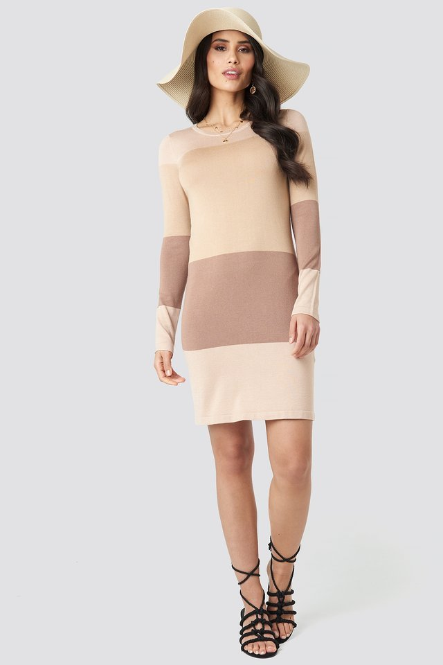 Light Knit Blocked Dress Outfit.