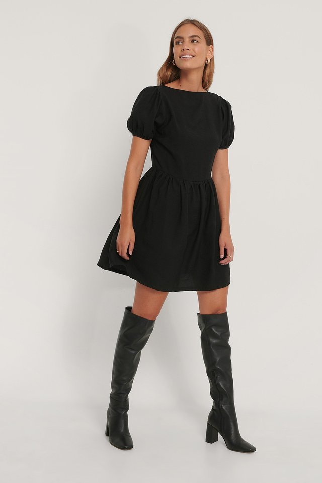 Puff Sleeves Gathered Skirt Dress Black.
