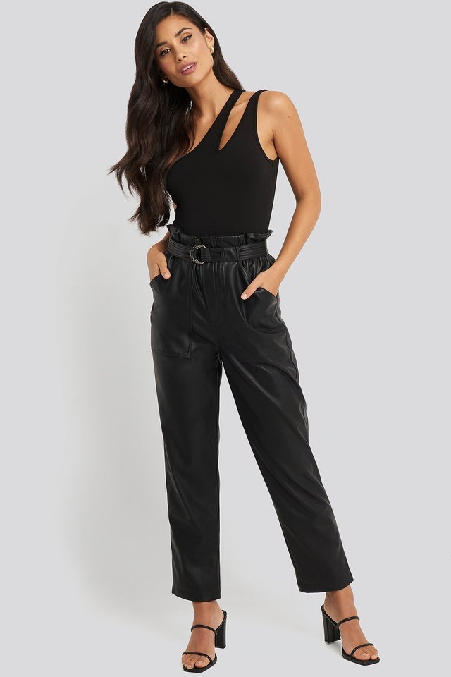 One Shoulder Cut Out Body Black.
