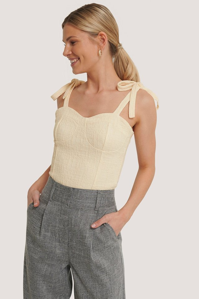 Bustier Knot Top Outfit.