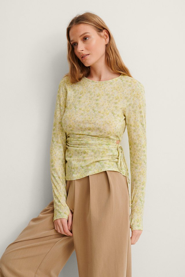 Cut Out Detail Drawstring Top Outfit.
