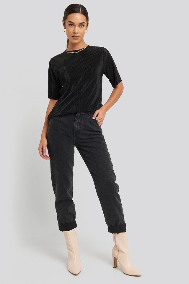 Black Pleated Short Sleeve Top