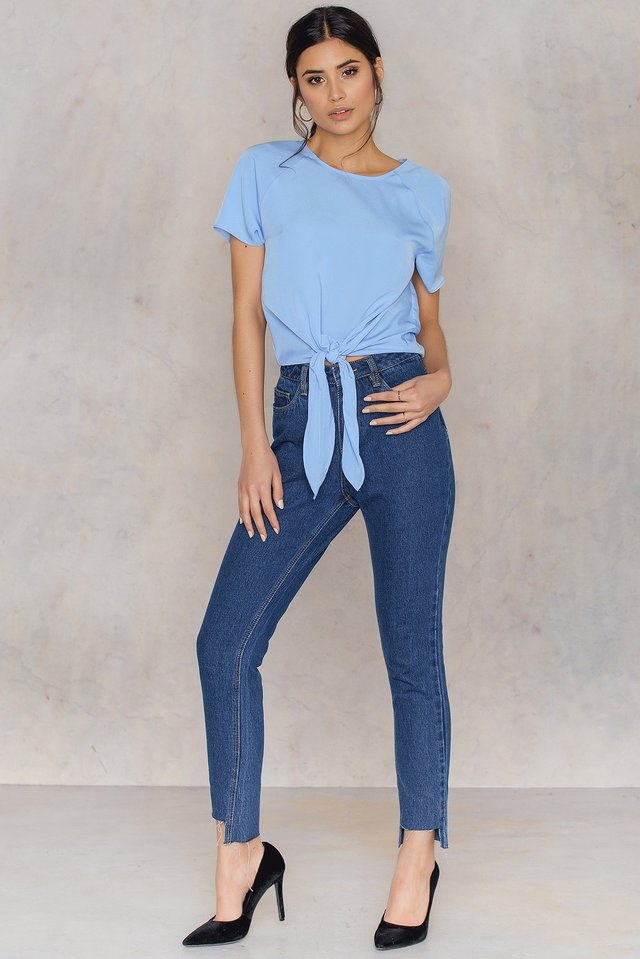 Reglan Sleeve Front Knot Top Outfit.