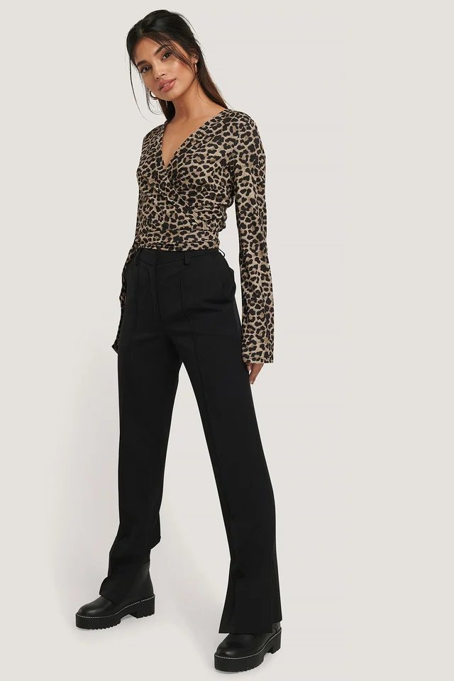 Wrap Tie Leo Print Top Outfit.