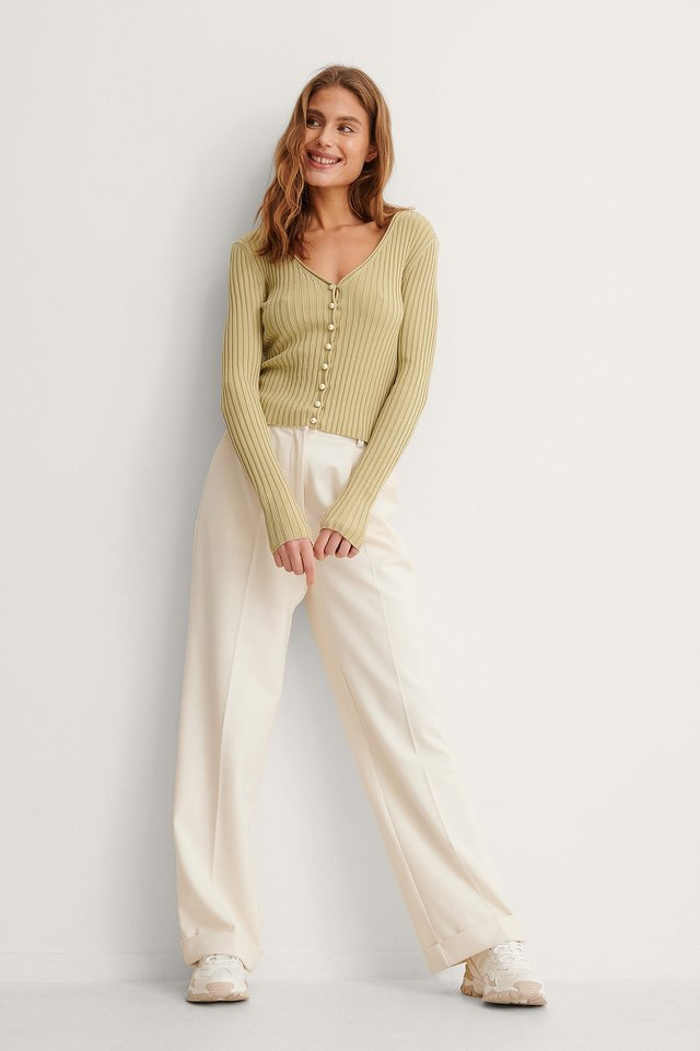 Pearl Detailed Knitted Cardigan Outfit.