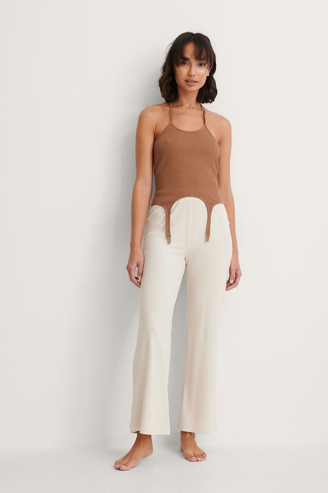 Halter Neckline Singlet Outfit.