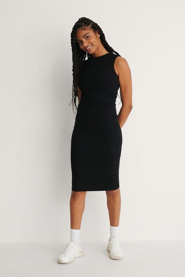 Ribbed Sleeveless Midi Dress Outfit.