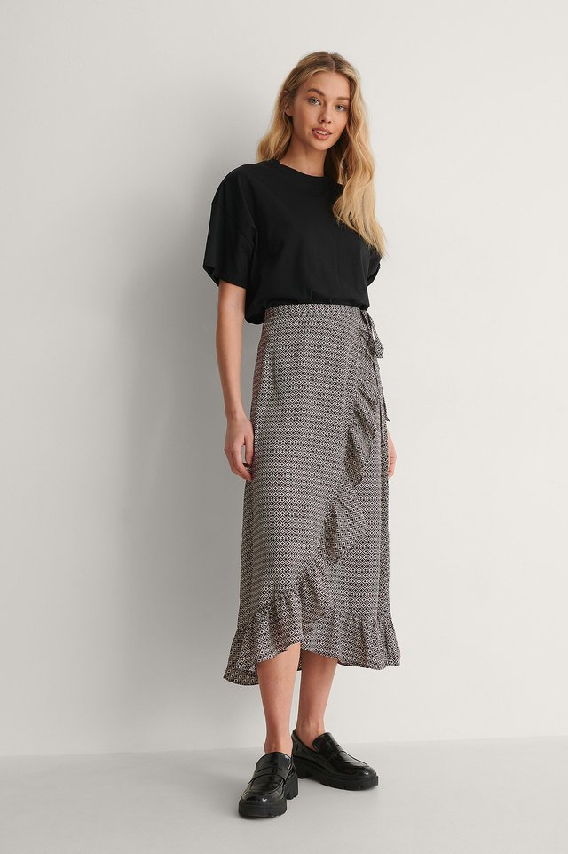Frill Overlap Skirt Outfit.