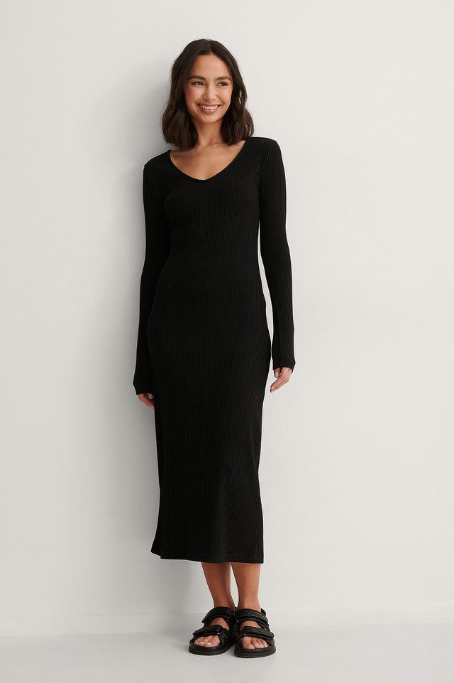 V Neck Ribbed Maxi Dress Outfit