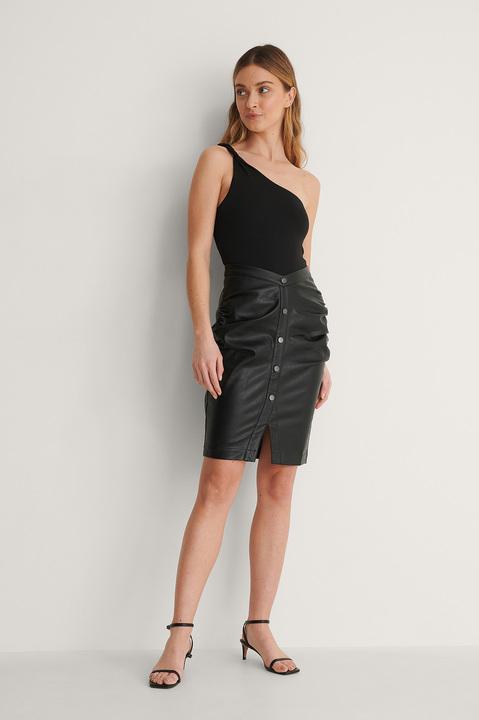 V Shape Pu Skirt Outfit.