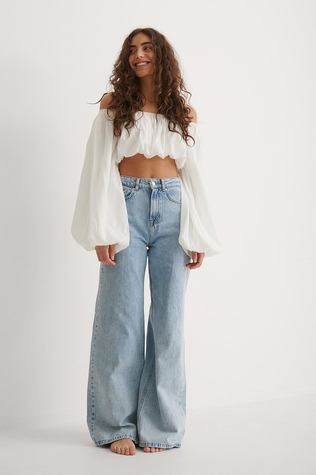 Balloon Long Sleeved Cropped Blouse Outfit