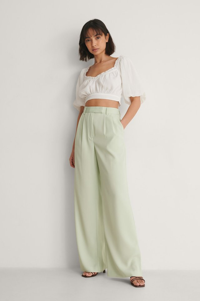 Frill Detail Cropped Top Outfit