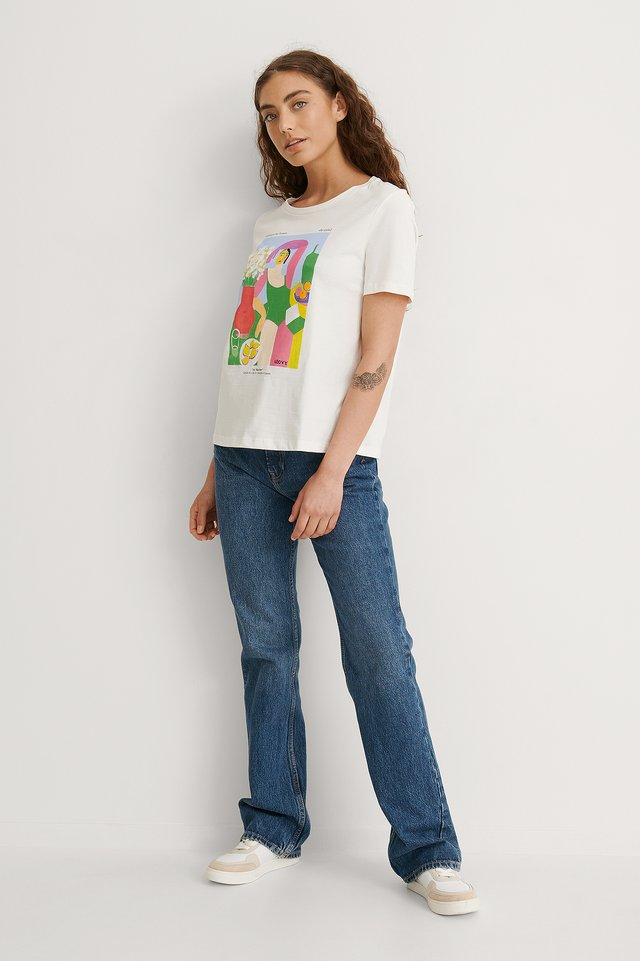 Woman Tee Outfit.