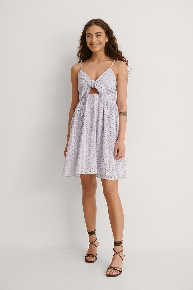 Tie Front Anglaise Dress Outfit.