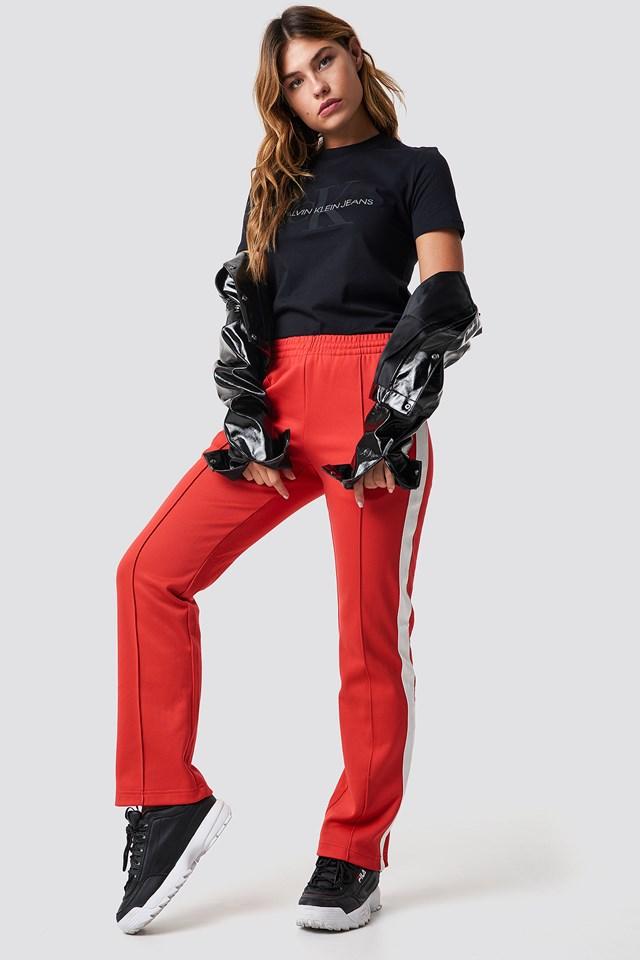 Statement Calvin Klein Outfit