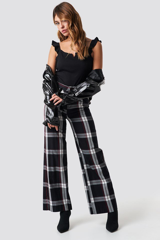 Checkered Pant X Bodysuit Outfit