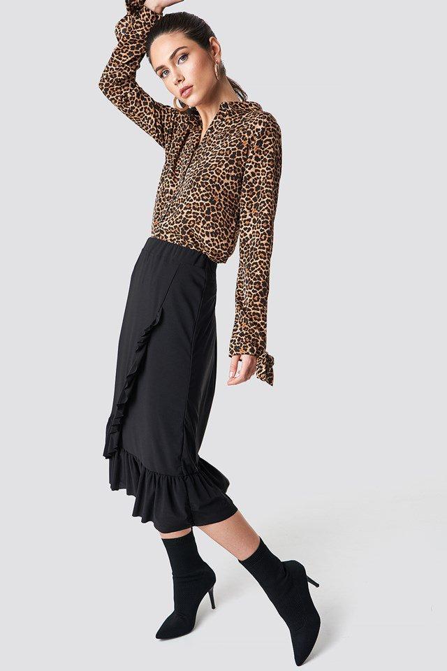 Leo Top X Black Midi Skirt Outfit