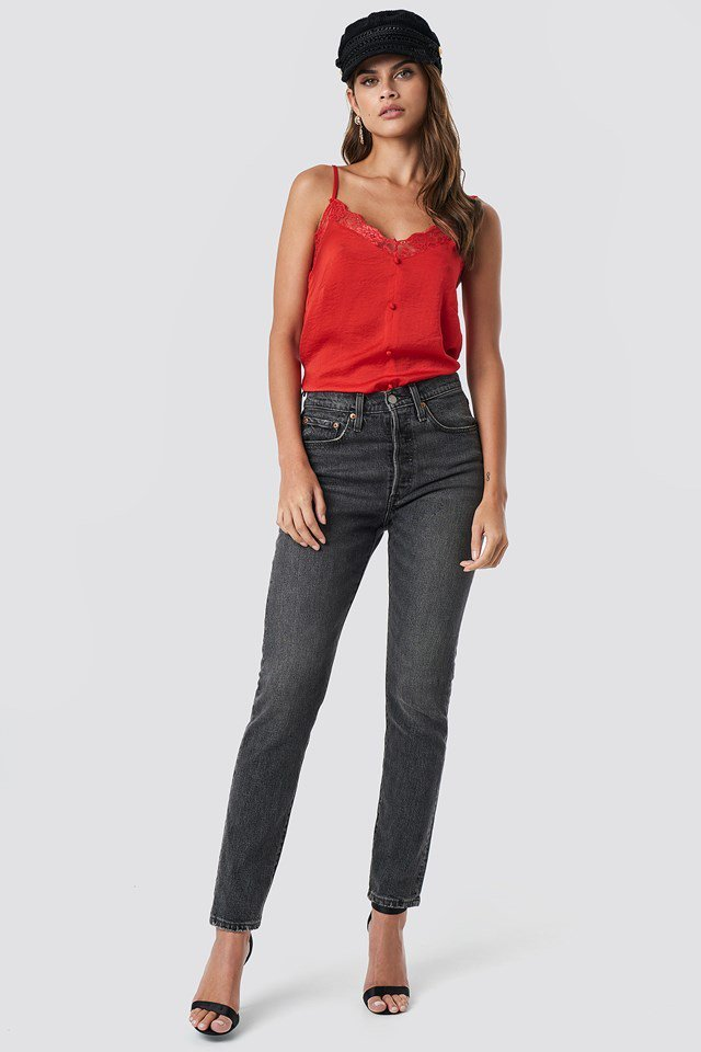 Red Top With Jeans Outfit.