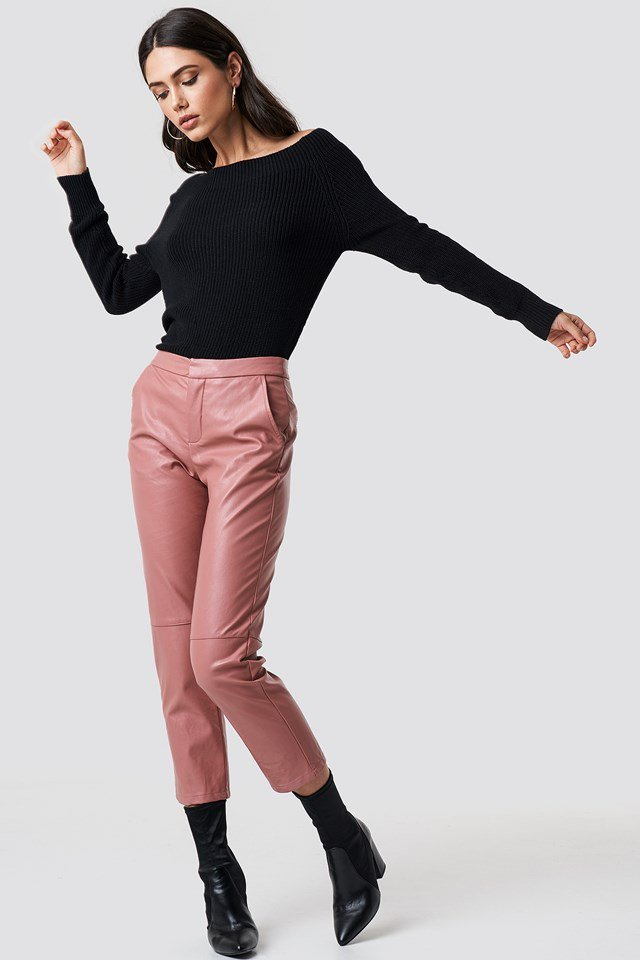 Black Shoulder Knit X Pink Leather Pant Outfit