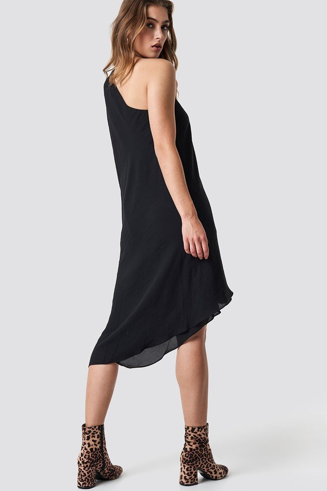 Accessorized Asymmetric Dress Outfit