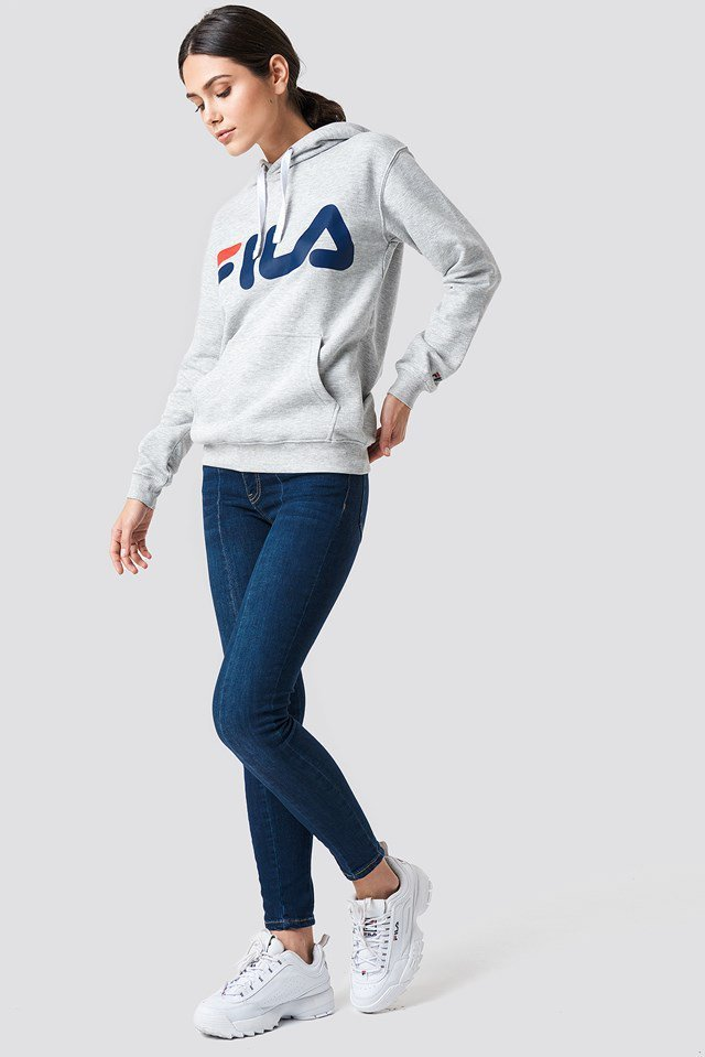 Classic FILA Hoodie Outfit