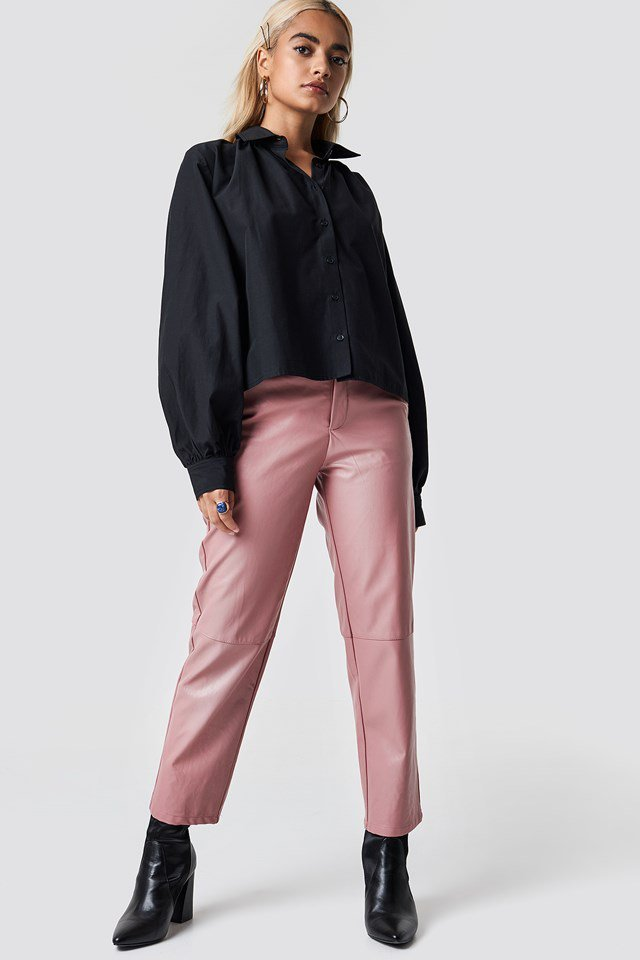 Oversized Blouse X Pink Pant Outfit