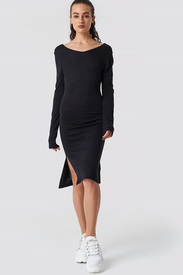 Casual low back jersey dress outfit