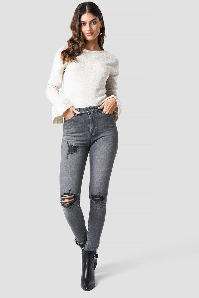Beige back overlap sweater outfit