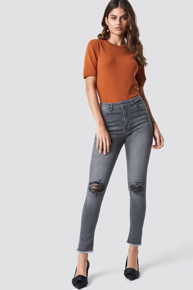Grey skinny ribbed jeans outfit