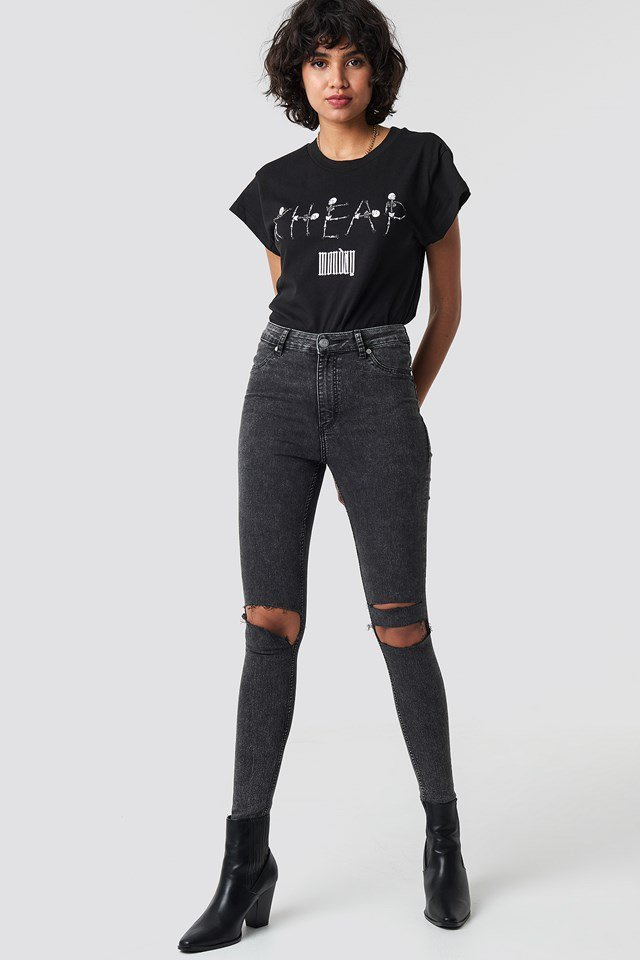T-shirt outfit.