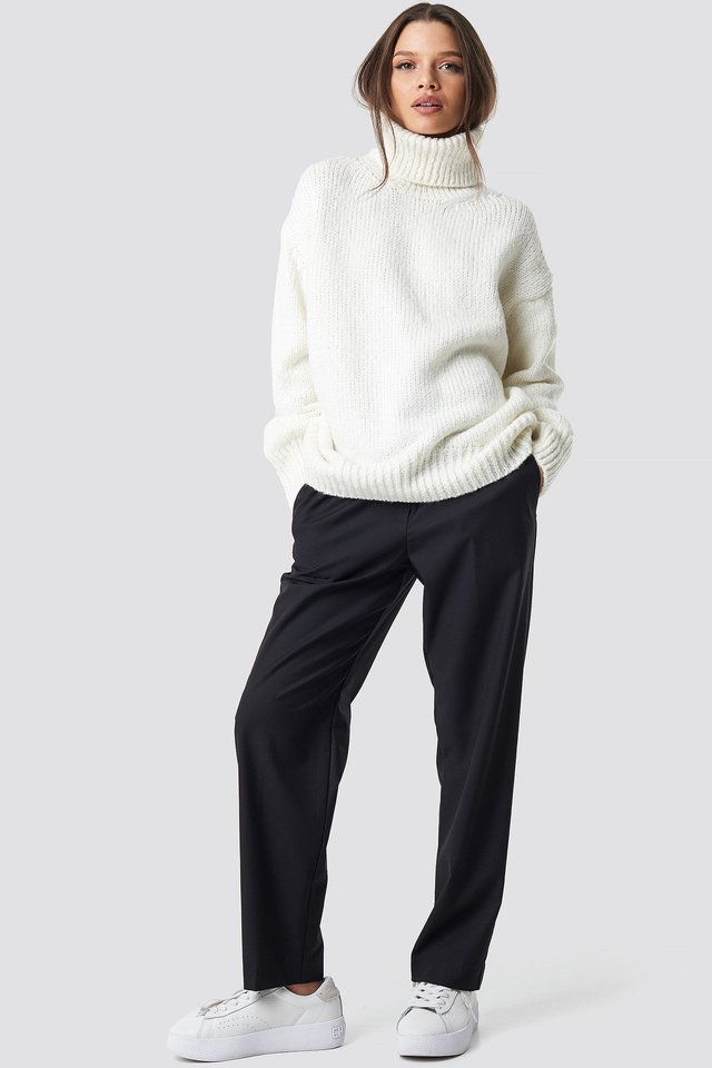 Egeo Sweater White Outfit