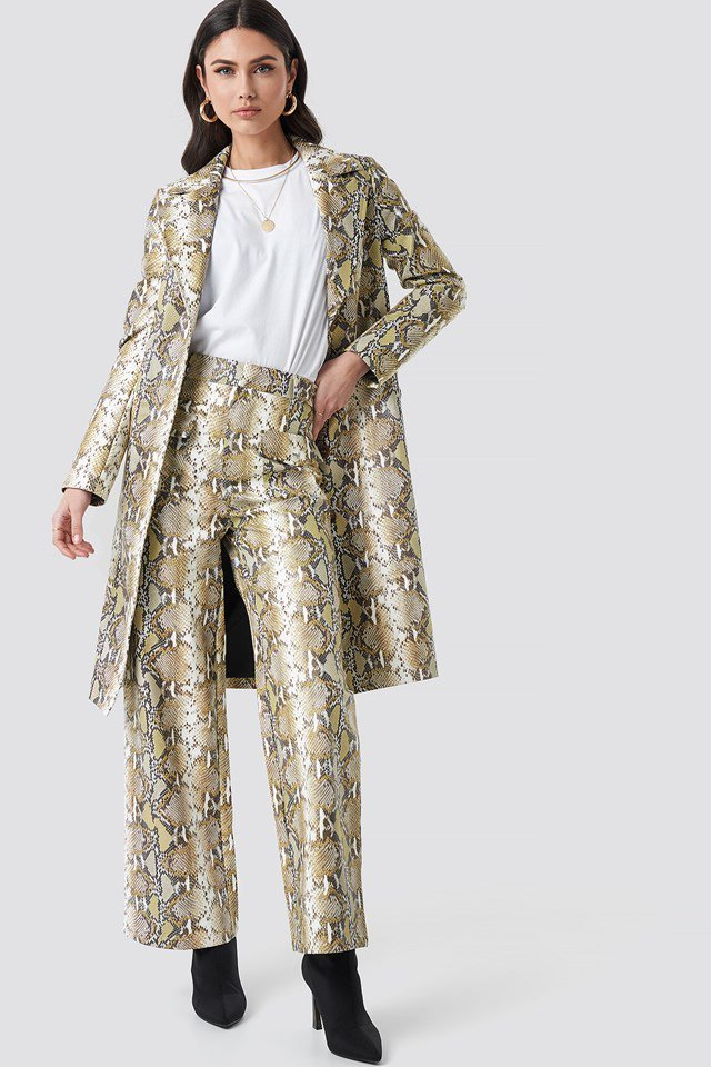 Snake Printed PU Coat Beige Outfit