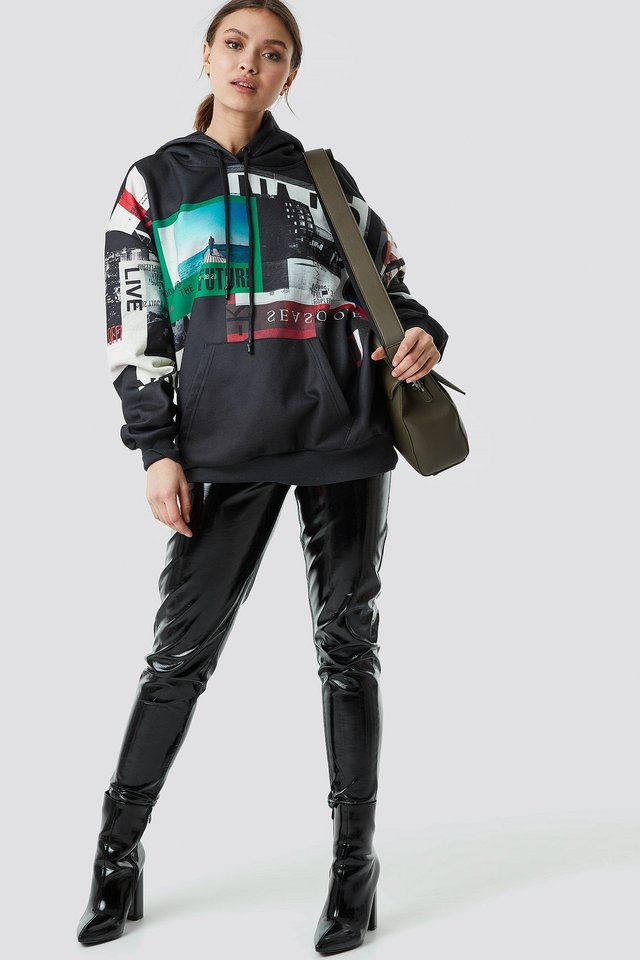 Poster Print Oversized Hoodie Outfit